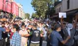 Polis bariyerini yıkan kalabalık Ayasofya Camii'ne doğru koştu!