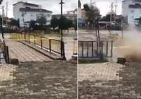 Yaya köprüsünün çökme anı kamerada