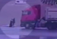 Açık unutulan kamyon kasası kapağı bir kadını öldürdü