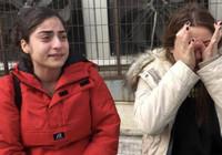 Minibüs şoförü 2 kız kardeşe saldırdı