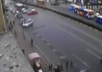Cadde ortasında drift yaptı
