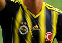 Fenerbahçeli futbolcular idmanlara ara vermiyor