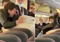 Uçakta koronavirüs kavgası!