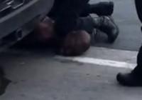 ABD'de polis şüpheliyi boğarak öldürdü!