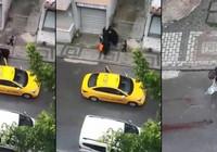 Kocaeli'de taksici doğum yapan kadını araçtan attı