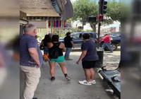 ABD'de protestoculara motorlu testere ile saldırı