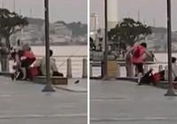 Erkek arkadaşını yere yatırıp tekme tokat dövdü