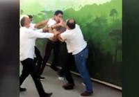 Ankara'da, 'otobüsü yavaşlattın' tartışması tekme ve yumruklu kavgaya dönüştü