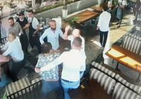 İşadamları restoranı birbirine kattı