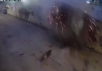 Çekmeköy'de feci kaza kamerada: Şans eseri kazayı hafif yaralı atlattı