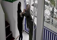 Maske uyarısı yapan doktora saldırı