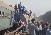Mısır'da tren raydan çıktı, 100'den fazla kişi yaralandı