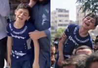 Gazze'de ölen babasına vedası yürek burktu