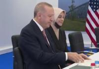 Erdoğan'ın yanından ayrılmayan ismin kim olduğu ortaya çıktı