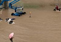 Çin'de sel felaketi çok sayıda can aldı!