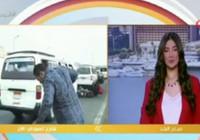 Mısır'da canlı yayındaki muhabire motosiklet çarpma anı