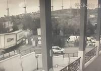 Pendik'te TIR kazası; korku dolu anlar kamerada