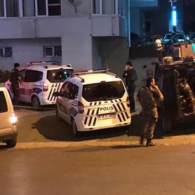 Üsküdar'da polis ekiplerine ateş açıldı