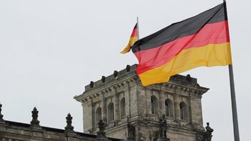 Almanya'da Türk kadın ile çocuğuna ölüm tehdidi...