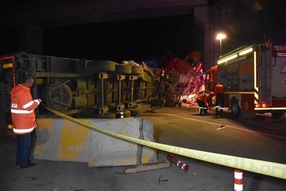 Kırıkkale'de feci kaza!  2 kişi öldü, 16 kişi yaralandı - Sayfa 1