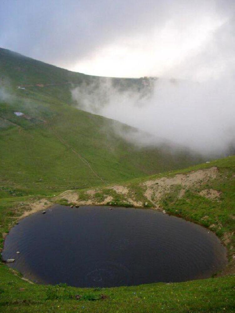 """""""Dipsiz Göl"""" doğal sit alanı ilan edilecek - Sayfa 1"""