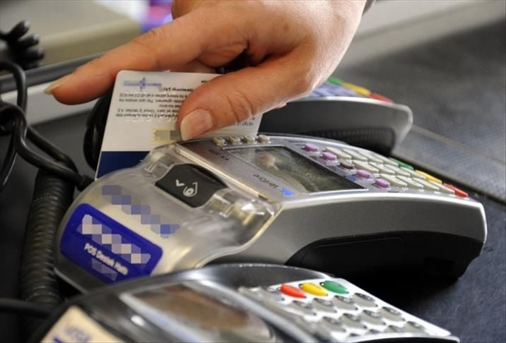 Kredi kartı komisyonuna tavan sonrası bankalar taksitleri kesti - Sayfa 1