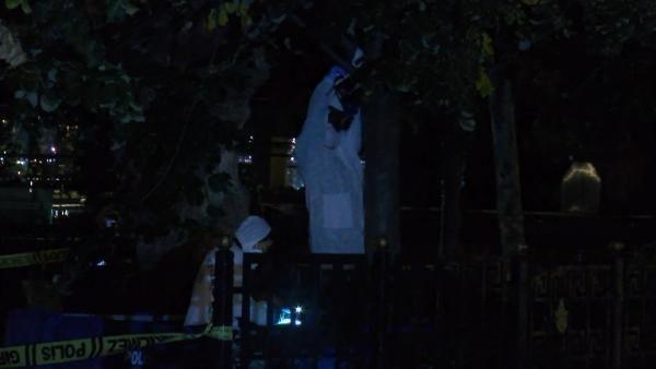 Sirkeci'de ağaca asılı erkek cesedi bulundu - Sayfa 2