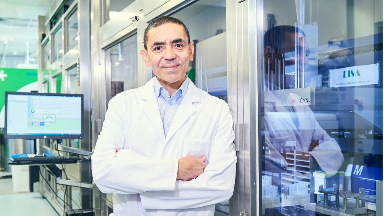 BioNTech'in CEO'su Profesör Doktor Uğur Şahin: Geliştirdiğimiz aşı en az bir yıl koruma sağlayacak - Sayfa 1