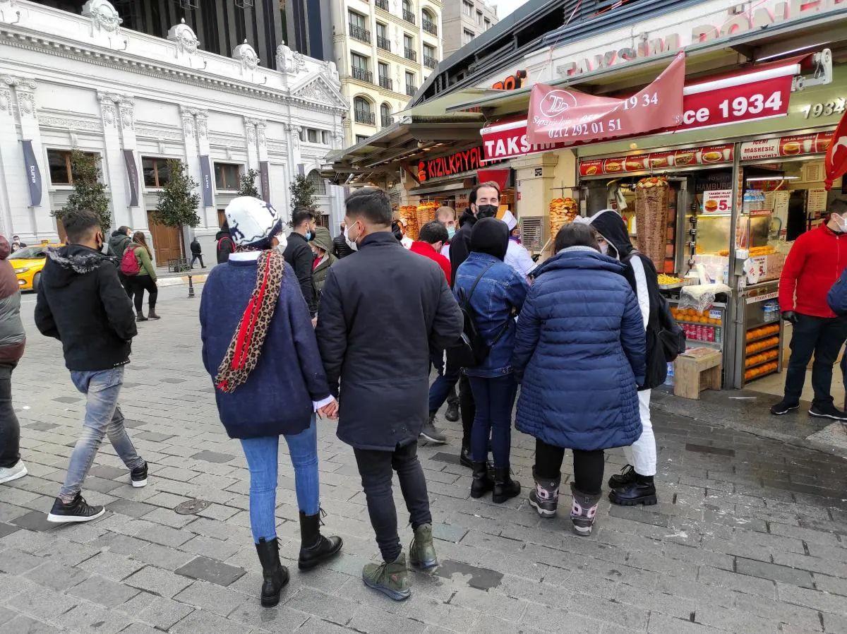 Taksim'de manzara aynı! - Sayfa 2
