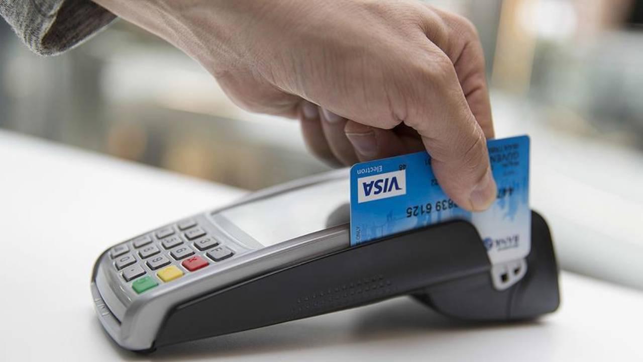 Bakanlıktan kredi kartı aidatı açıklaması