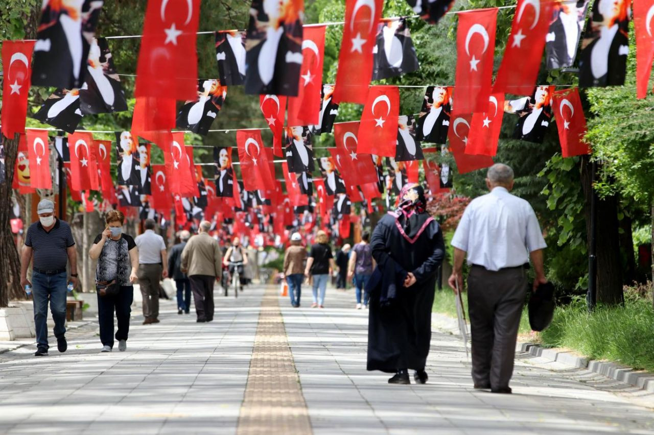 Abdulkadir Selvi Optimar'ın anketini paylaştı! Erdoğan'ın karşısında hangisi öne geçti: Ekrem İmamoğlu mu Mansur Yavaş mı? - Sayfa 2