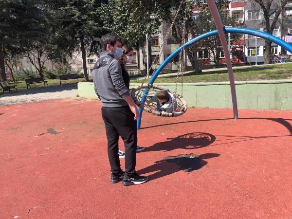 Bakırköy'de kısıtlamaya rağmen parklar doldu taştı - Sayfa 4