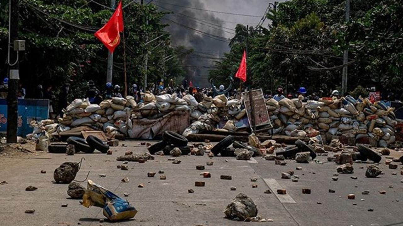 """BM'den """"Myanmar'da iç savaş çıkabilir"""" uyarısı"""