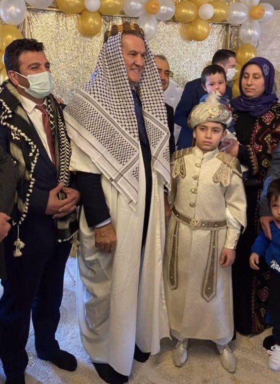 """Mustafa Sarıgül Şanlıurfa'yı ziyaret etti, katıldığı bir düğünde """"şeyh"""" gibi giyindi - Sayfa 3"""