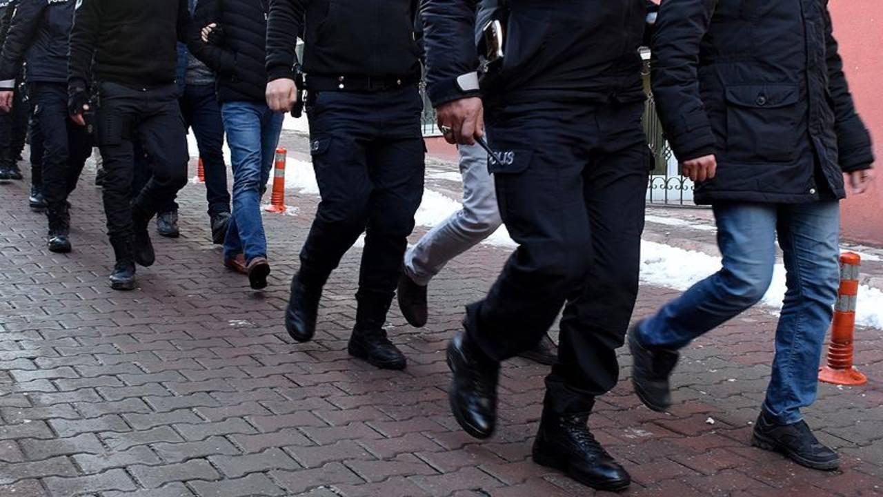 FETÖ'nün jandarma yapılanmasına operasyon: 19'u muvazzaf 53 gözaltı kararı