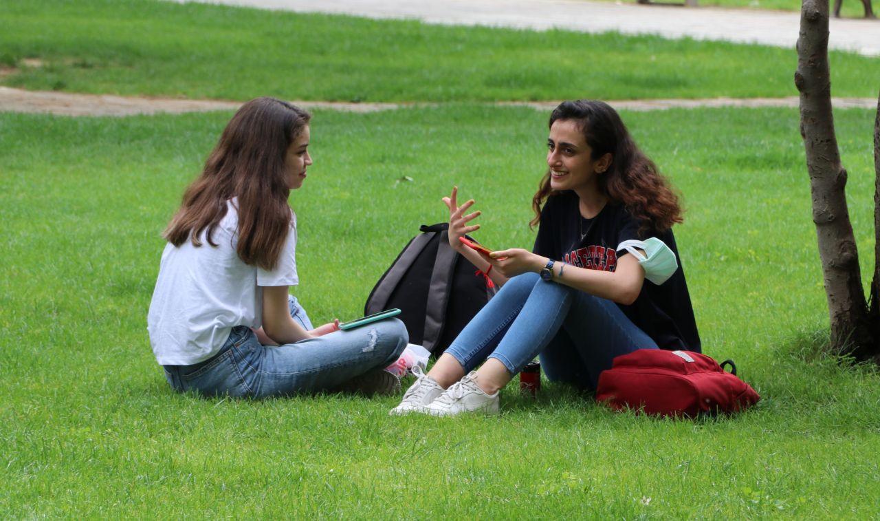 Adanalılar koronavirüsü unutup parklara akın etti - Sayfa 3