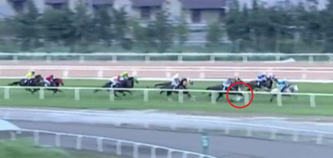 Adana'da yarış sırasında attan düşen jokey Samet Erkuş'un durumu ciddiyetini koruyor - Sayfa 3