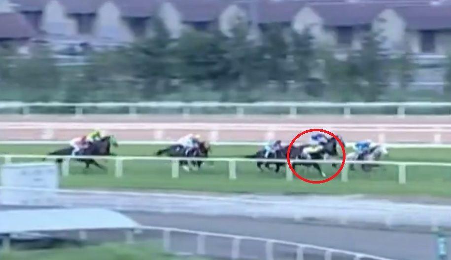 Adana'da yarış sırasında attan düşen jokey Samet Erkuş'un durumu ciddiyetini koruyor - Sayfa 2