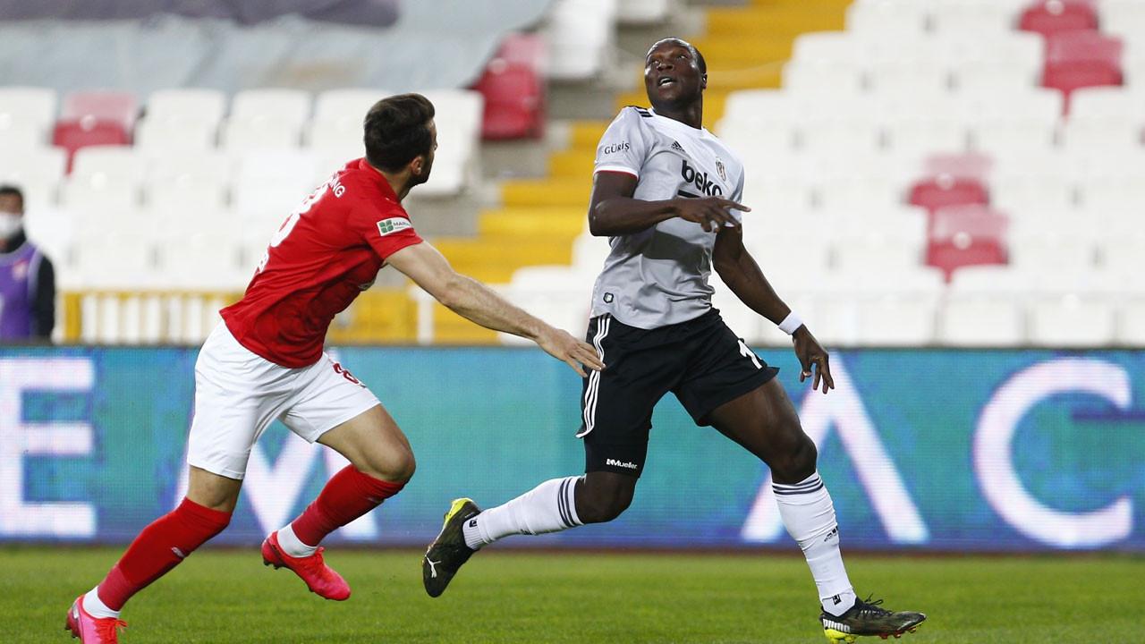 Sergen Yalçın kötü haberi verdi; Aboubakar sezonu kapattı