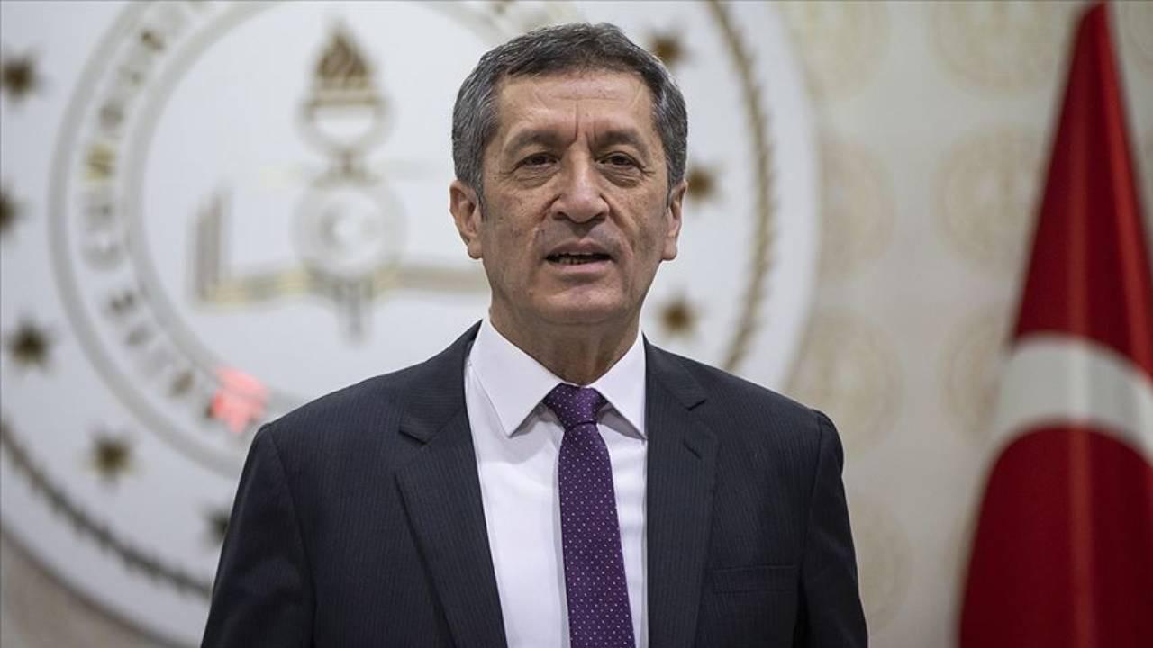 Sınavlar ertelenecek mi? Milli Eğitim Bakanı Selçuk açıkladı