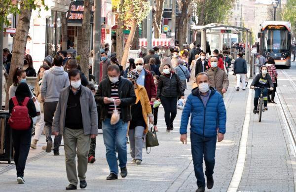 Eskişehir'de 3 günlük kısıtlama öncesi sokaklar doldu - Sayfa 4