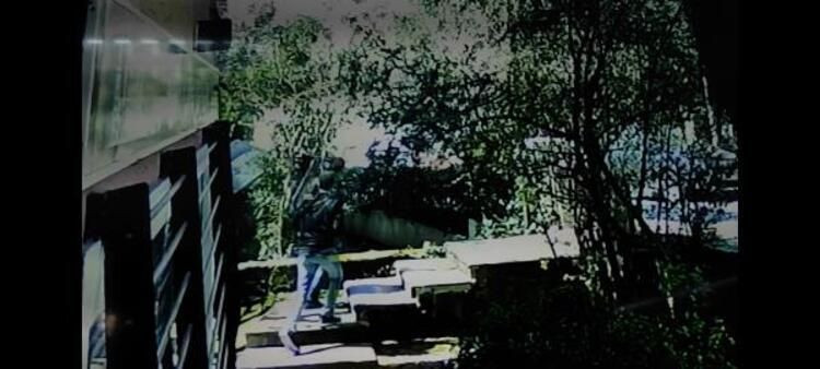 Bakırköy'de cip 5 katlı binanın bahçesine uçtu! - Sayfa 2