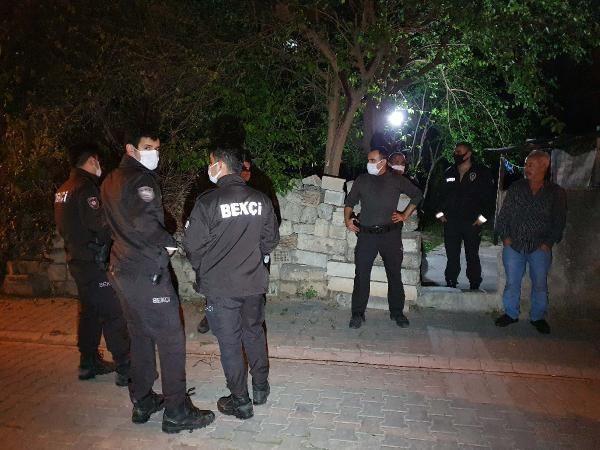 Babası ve ağabeyini defalarca bıçaklayarak öldürdü; Kan donduran olayın adresi Adana - Sayfa 1
