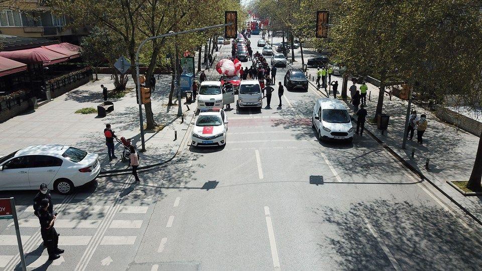 İstanbul Emniyet Müdürlüğü 23 Nisan'ı kortejle kutladı - Sayfa 1