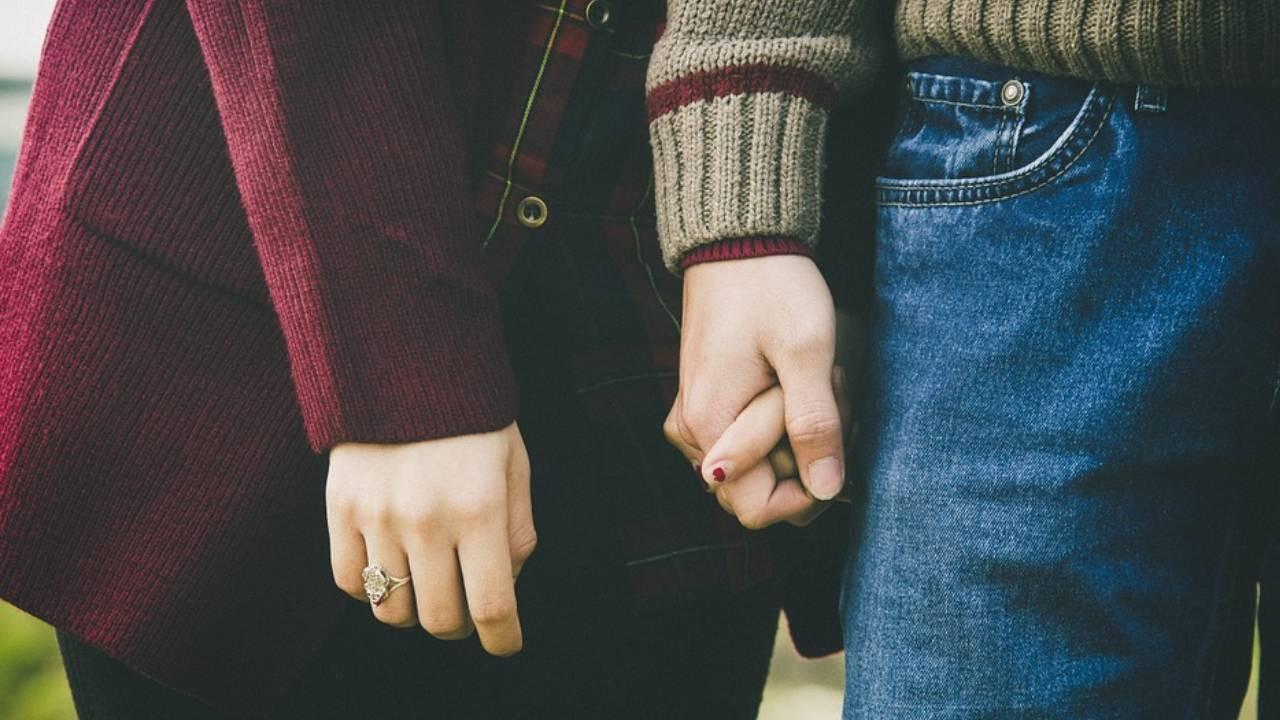 35 kadınla aynı anda ilişki yaşayan adam dolandırıcılıktan tutuklandı