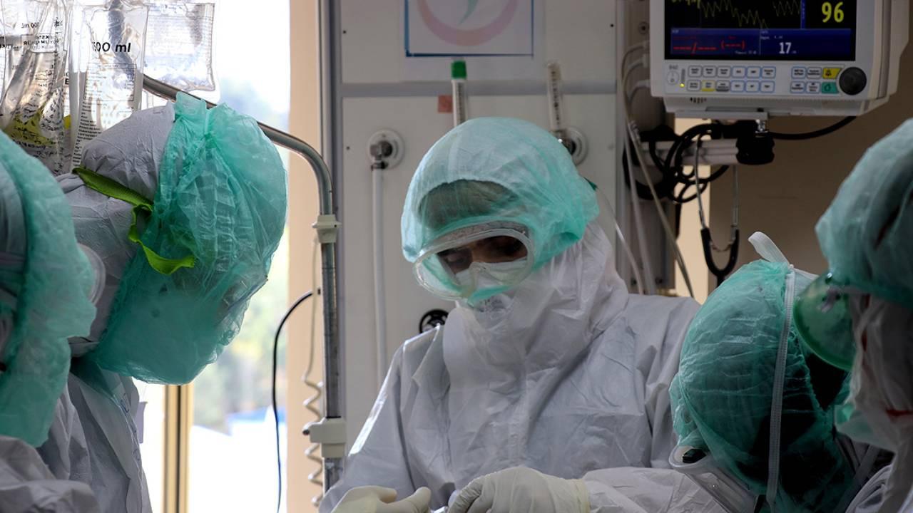 Koronavirüsü atlatan kişilerin bağışıklık seviyesi istenilen seviyeye ulaşmıyor!