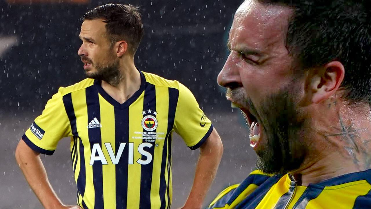 Emre Belözoğlu'ndan Gökhan Gönül ve Filip Novak hamlesi