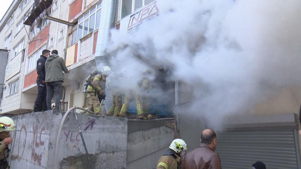 Arnavutköy'de yangın! 3 kişi yaşamını yitirdi - Sayfa 4