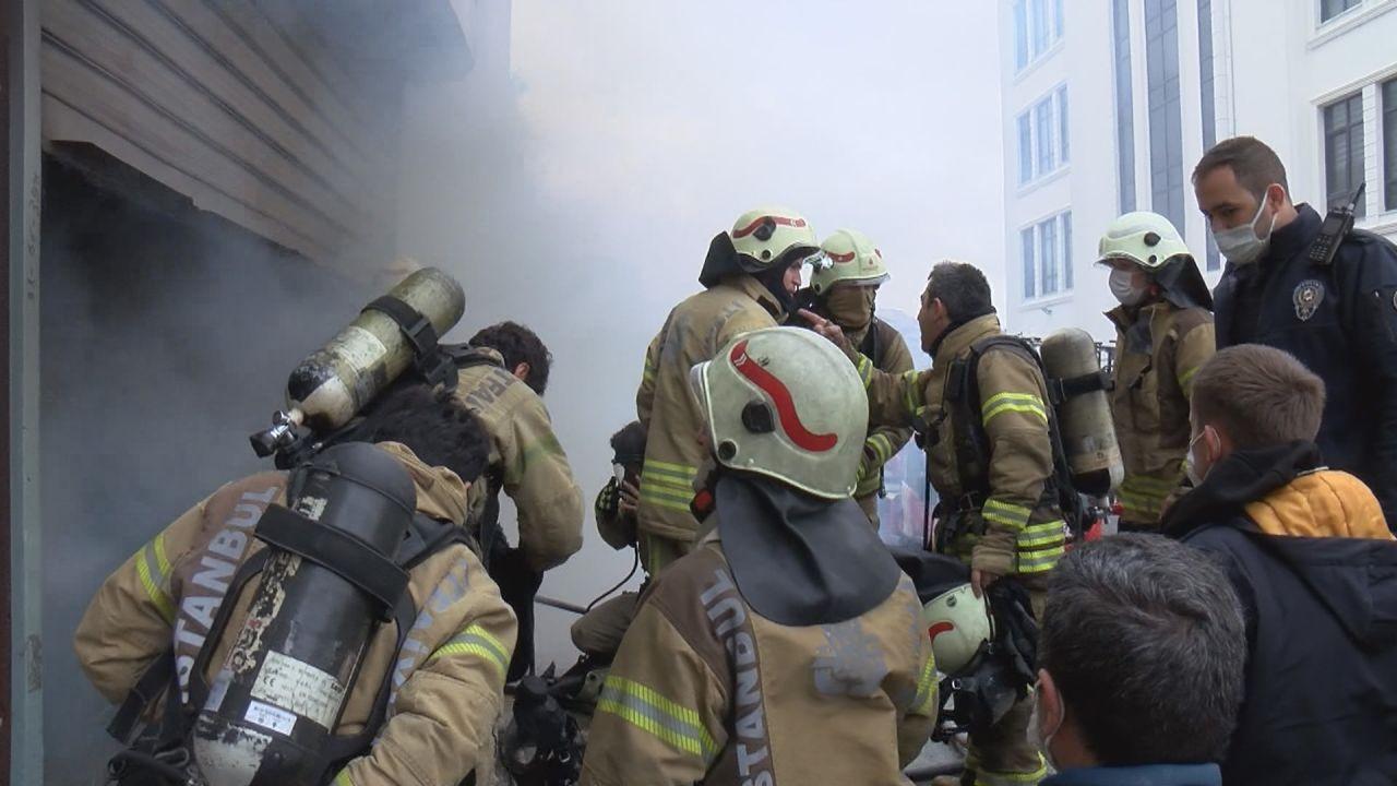 Arnavutköy'de yangın! 3 kişi yaşamını yitirdi - Sayfa 1