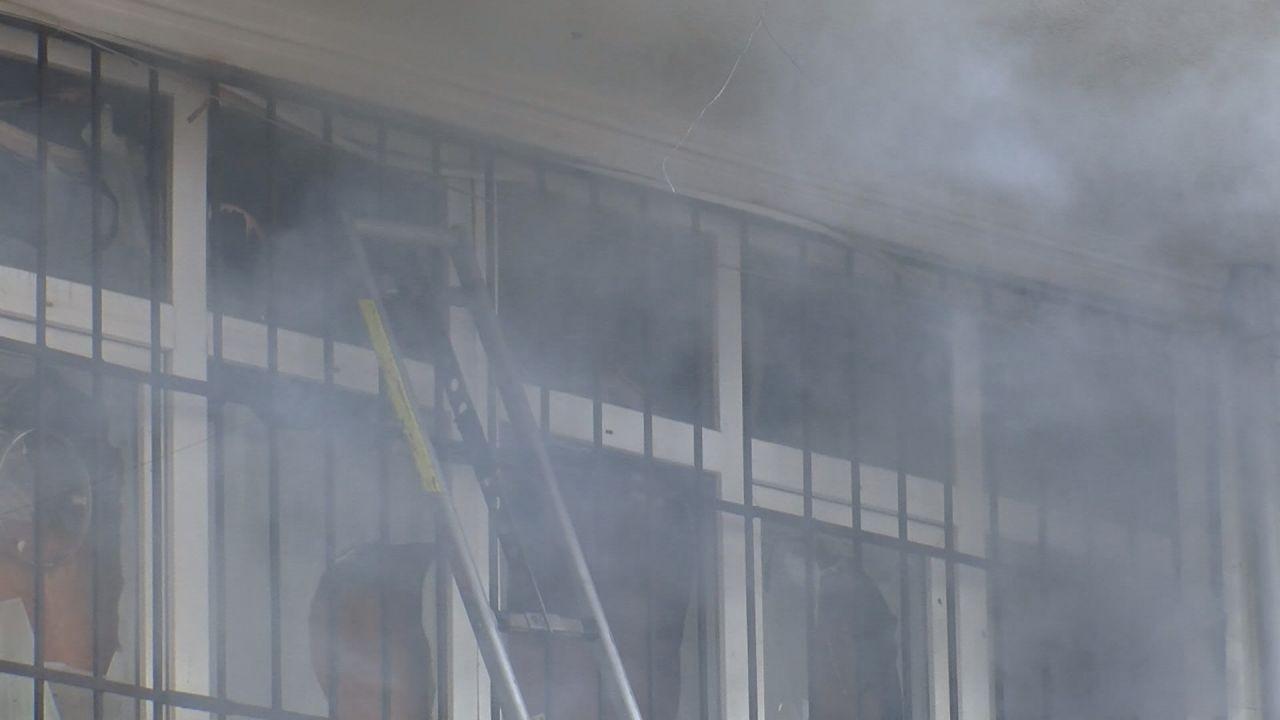 Arnavutköy'de yangın! 3 kişi yaşamını yitirdi - Sayfa 2